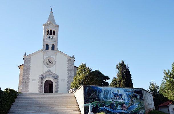 hrvace crkva 2