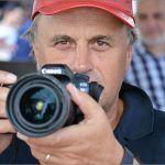 Predivan čovik obožava fotografiju