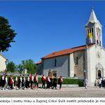 Svečanu procesiju i svetu misu u župnoj Crkvi Svih svetih predvodio je mons Juraj Batelja x