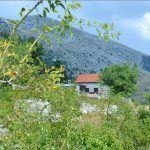 Par kilometara do najvišeg vrha Kamešnice m