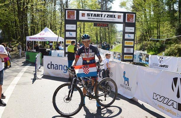 kamesnica_cycling_team_2