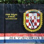 Ljudi moji pa to su naši sugrađani heroji Vukovara kakvi smo mi to ljudi SRAMOTA SRAMOTA