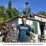 Tu je i Isin brat Zlatko Pavić veliki ljubitelj sporta posebno nogometa x