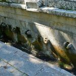 Ova godina je bila dosta sušna bez padalina tako da na Vrličkoj česmi duže vrimena nema ni kapi vode