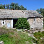 Mlinica u zasioku Vukovići izgrađena je na jednom od izvora rijeke Cetine