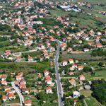 Panorama Brnaza Čarići i dio brnaške glavice