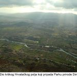 Dio krškog Hrvatačkog polja koji pripada Parku prirode Dinara x