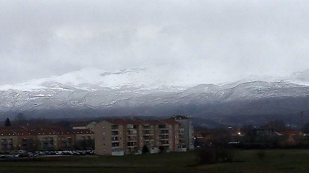 snijeg kamesnica